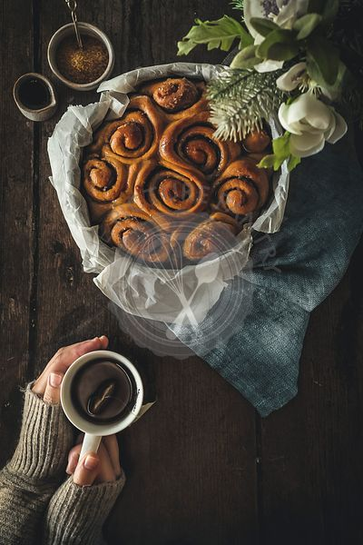 Cinnamon rolls and hot tea.