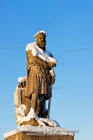 Image - Statue of Robert the Bruce in snow, Stirling