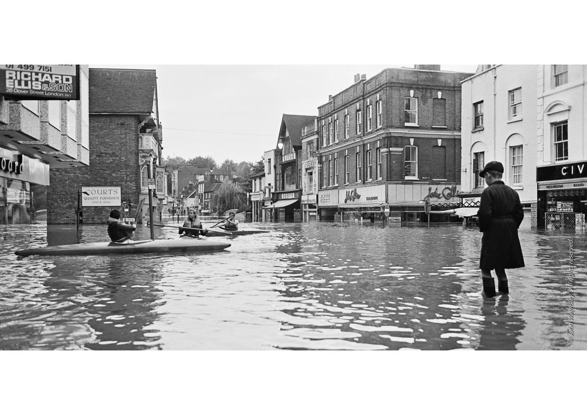 #120001  Flooding at the bottom of the High Street,  Guildford, Surrey, 1968.