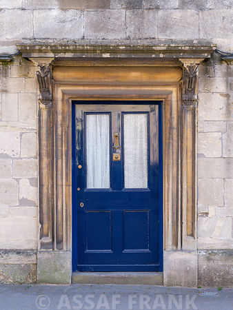 Front door of a house in Tetbury, Cotswolds