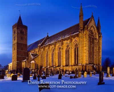 Image - Dunblane Cathedral, Illuminated, snow, winter