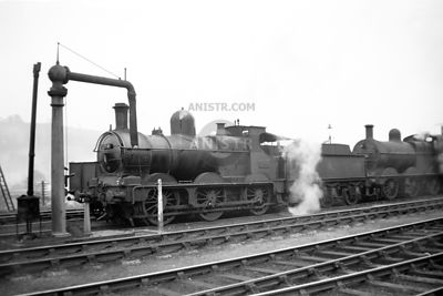 PHOTOS OF WR 'DEAN GOODS' 0-6-0 STEAM LOCOS