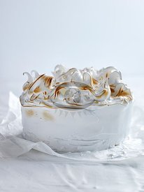 Meringues by Court