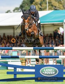 Gemma Tattersall and SANTIAGO BAY - Show jumping and prizes - Land Rover Burghley Horse Trials 2019