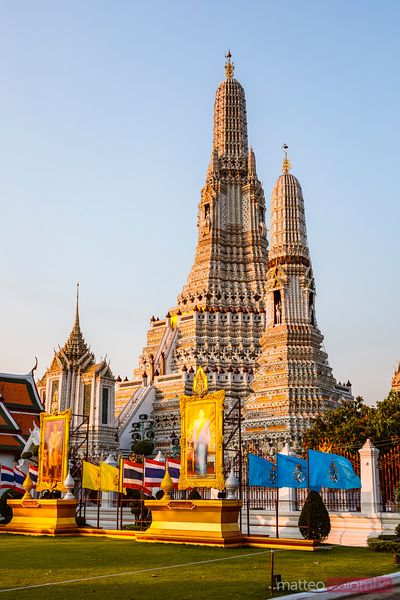 Sunrise at Wat Arun (Temple of Dawn), Bangkok, Thailand