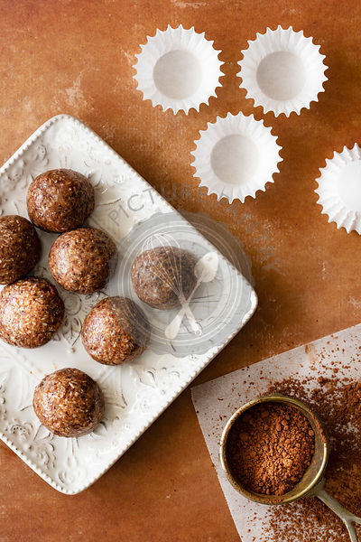 Chocolate truffles with sifted cocoa.
