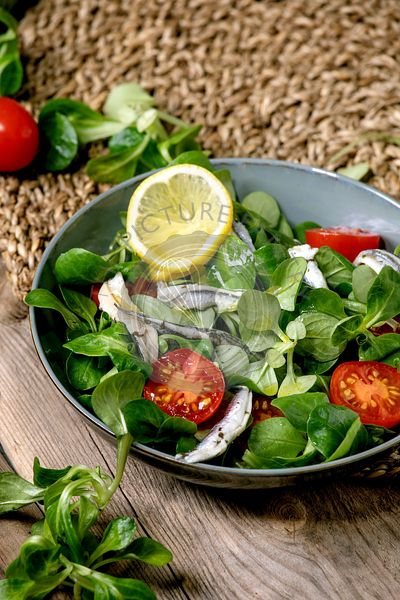 Salad with anchovies or sardines