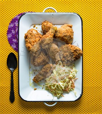 Fried chicken and coleslaw