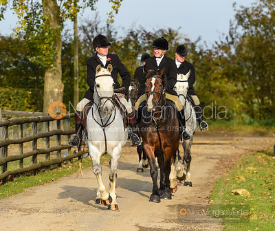 At the meet - The Cottesmore Hunt at the kennels 31/10