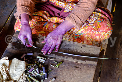 BIRMANIE, TISSAGE SOIE // MYANMAR, SILK WEAVING