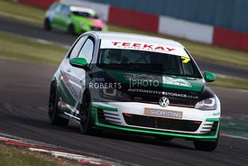 Luke Schlewitz - VW Golf Mk7