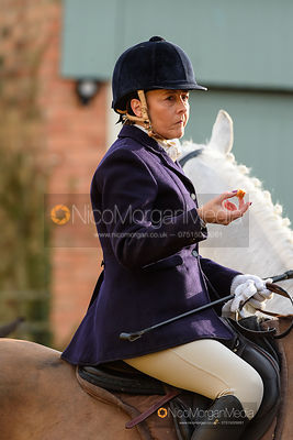 Jo Rutter at the meet. The Cottesmore Hunt at Pickwell 31/12