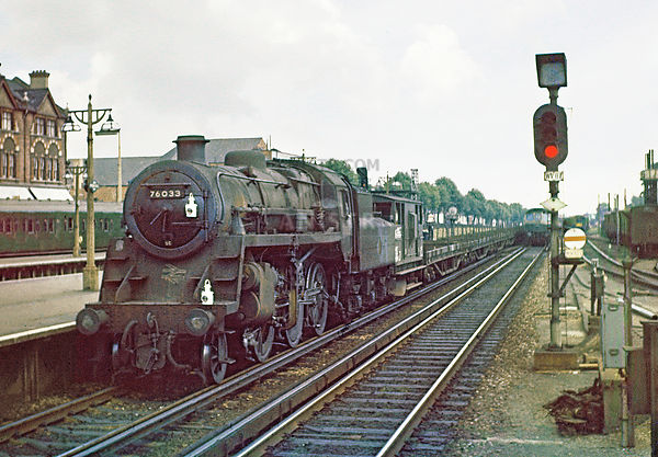 Steam loco Standard 4MT 76033 Woking
