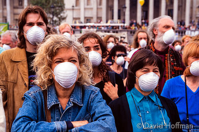 Friends of the Earth protest against air pollution caused by traffic, Trafalgar Square..27 Sep 1997.