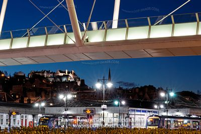 Image - Stirling Forthside pedestrian bridge at night
