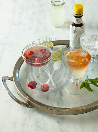 Cocktails, Cloudy Apple & bitters, Champagne spritzer