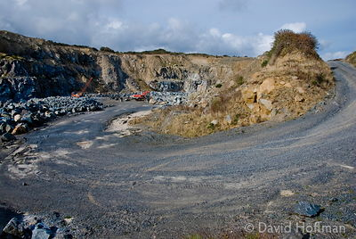 061001-Cornwall-230 Stone quarry by the south west coastal path near the Helford Estuary and Rosemullion Point, Cornwall, Sep...