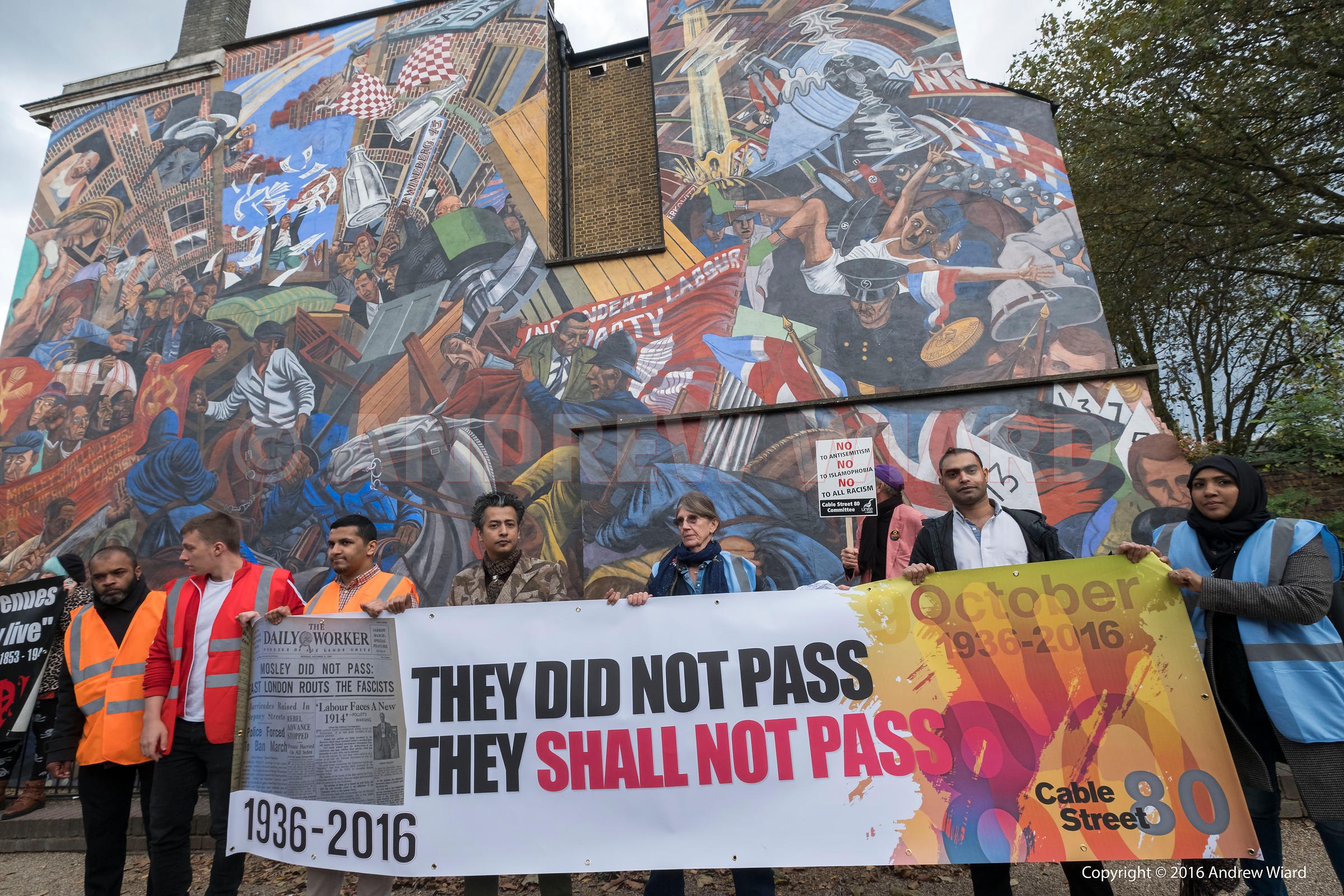 England, UK . 9.10.2016. London . 80th Anniversary of the Battle of Cable Street, Sunday 4 October 1936..