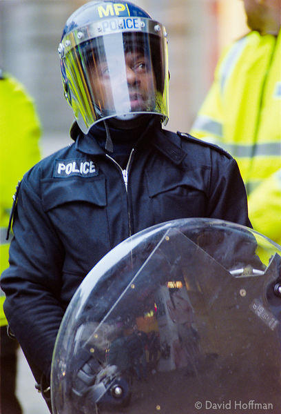 01050102-25 Police at the Mayday protests, central London, 2001.