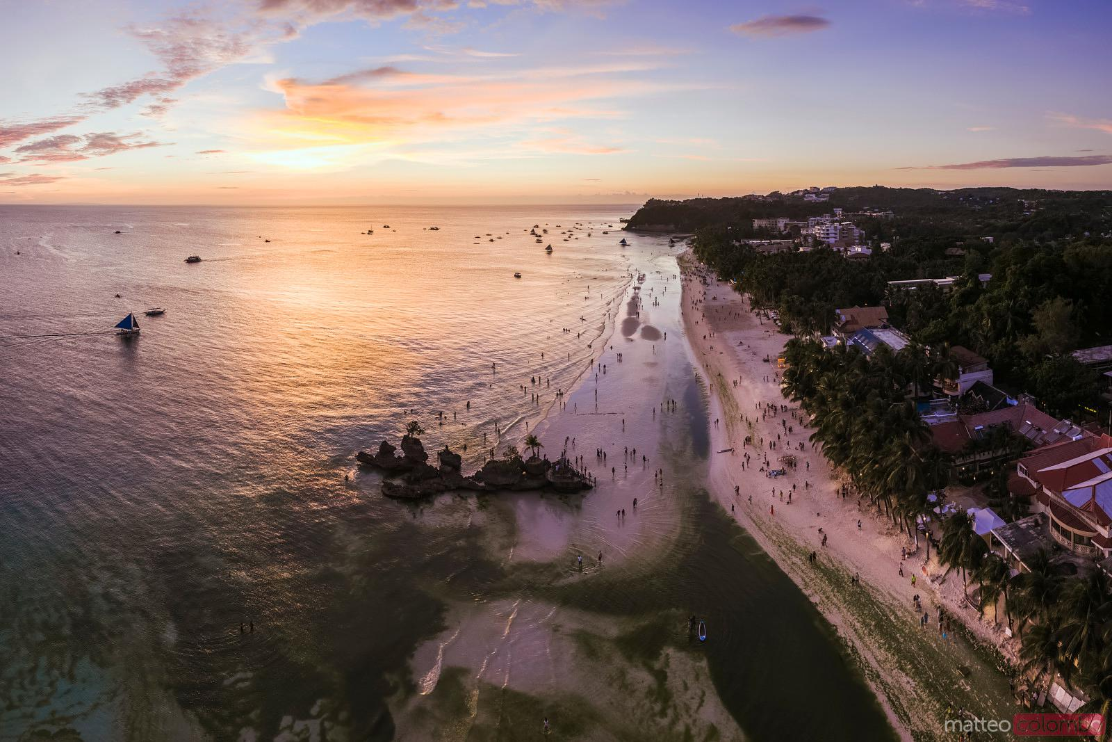 Sunset over White beach and Willy's rock, Boracay