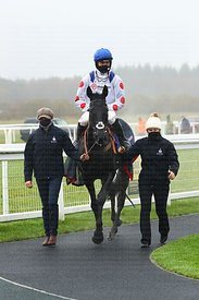12:03 Exeter (Class 4) (3YO only) Watch RacingTV With Free Trial Now Juvenile Hurdle (