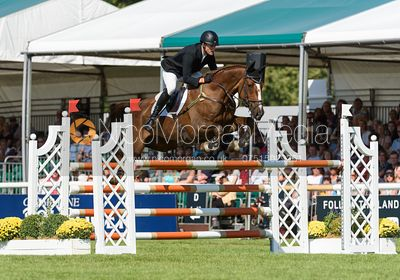 Tom Rowland and POSSIBLE MISSION, showjumping phase, Land Rover Burghley Horse Trials 2018