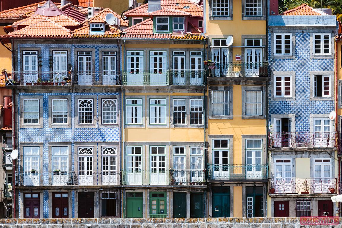 Case colorate, distretto di Ribeira, Porto, Portogallo