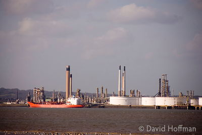 HOFFMAN_070112_HalstowMarshes_53 Oil refinery and storage tanks, Coryton, Canvey Island, Thames Estuary 2006.