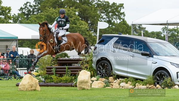 Simon Grieve and THE RUTMAN - Cross Country - Land Rover Burghley Horse Trials 2019