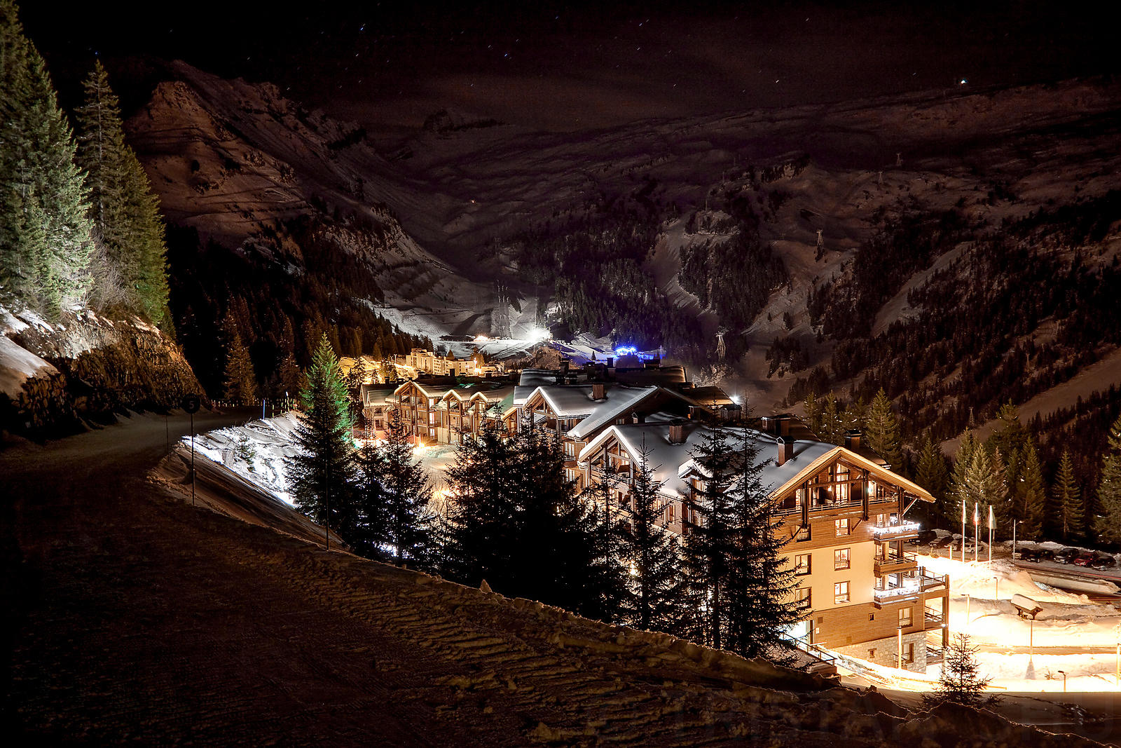 Intrawest Flaine at night