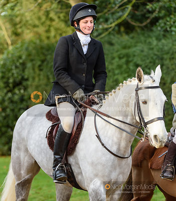 Zara Wise at the meet. The Cottesmore Hunt at Pickwell 31/12