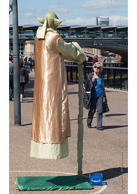 #121692  Busker as 'Yoda' on the Southbank of the Thames, London, 2016.