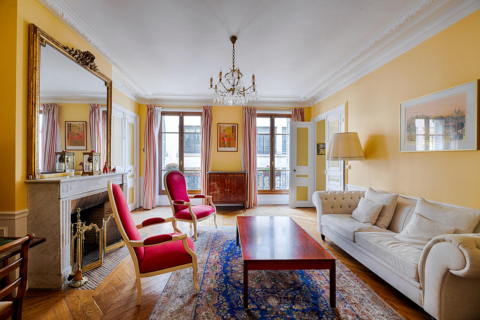 Appartement bourgeois  Paris 18