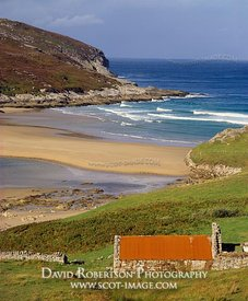 Image - Old house and beach, Tongue, Sutherland, Scotland