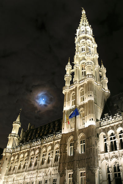 Lunar Corona above Town Hall in Grand Place