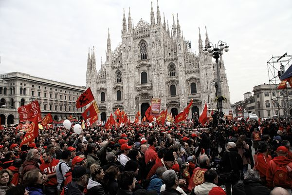 Some trade unions gathered in Piazza del Duomo.