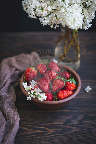 Strawberries in a ceramic bowl