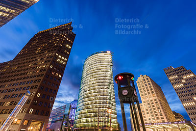 Kollhoff-Tower, Bahntower, Beisheim-Center, Potsdamer Platz, Mitte, Berlin