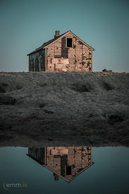 Old_Icelandic_house_in_Reykjanes_peninsula-8575