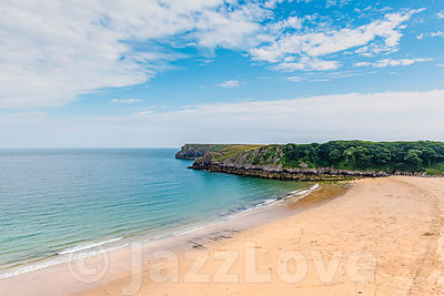 Barafundle bay beach on scenic coast of Pembrokeshire,  South Wales, UK.