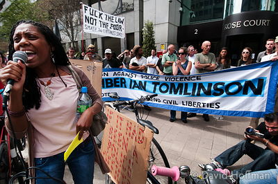 protest over killing by police of Ian Tomlinson outside the Director of Public Prosecutions office