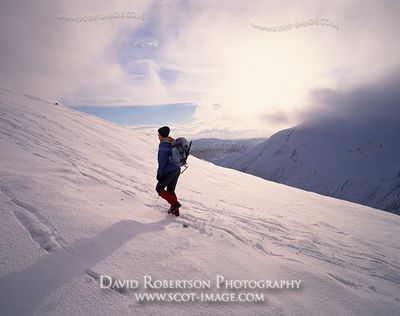 Image - Winter mountain walking, Scotland