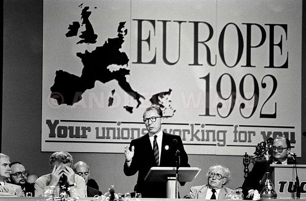 JACQUES DELORS ADDRESSES TUC, SEPTEMBER 1988