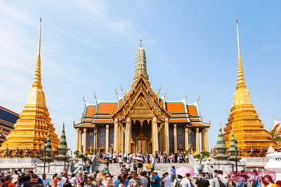 Crowd at the Temple of the Emerald Buddha, Bangkok
