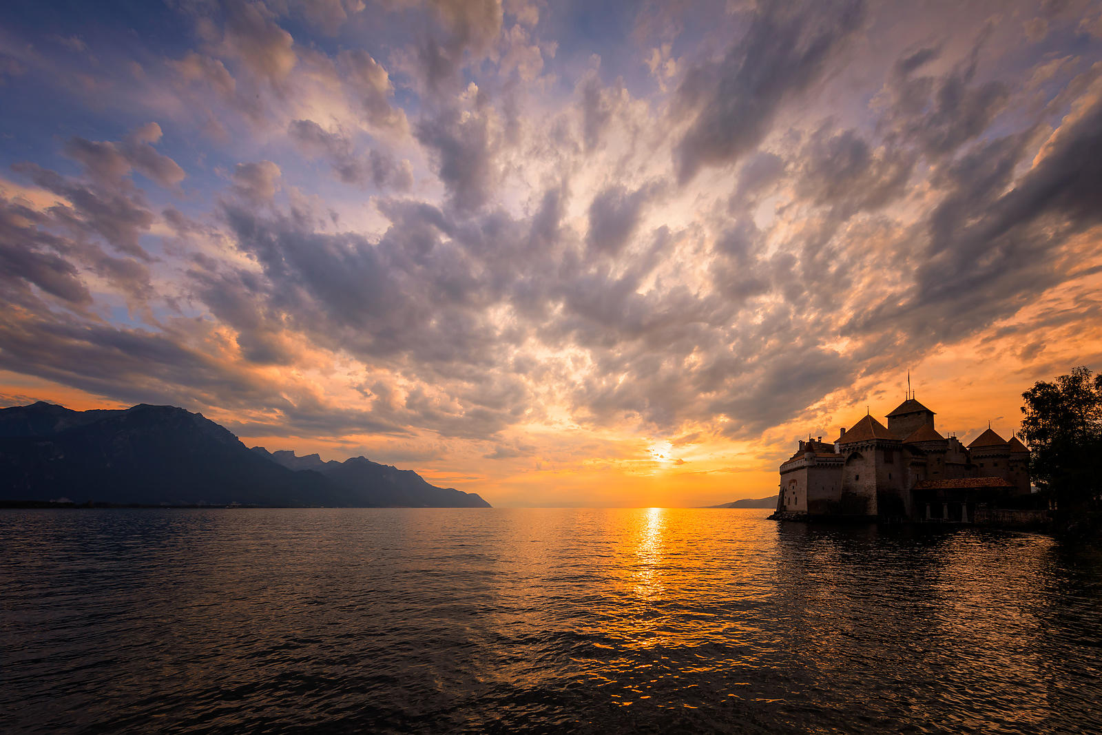Chillon_simple_sunset