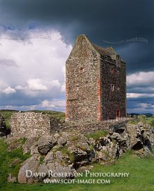 Image - Smailholm Tower, Scottish Borders, Scotland