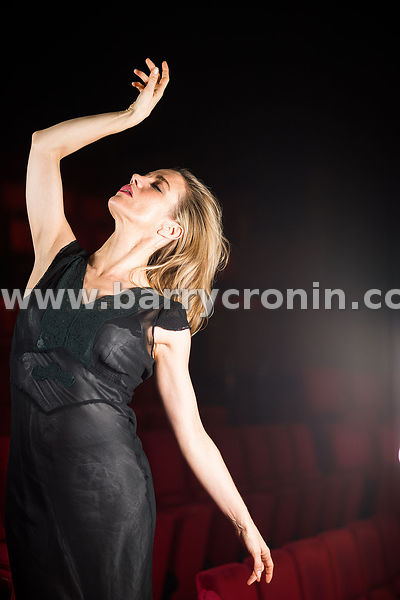 29th November, 2016.Actress Lisa Dwan photographed in the Abbey Theatre, Dublin ..Photo: BARRY CRONIN/www.barrycronin.com..Ph...