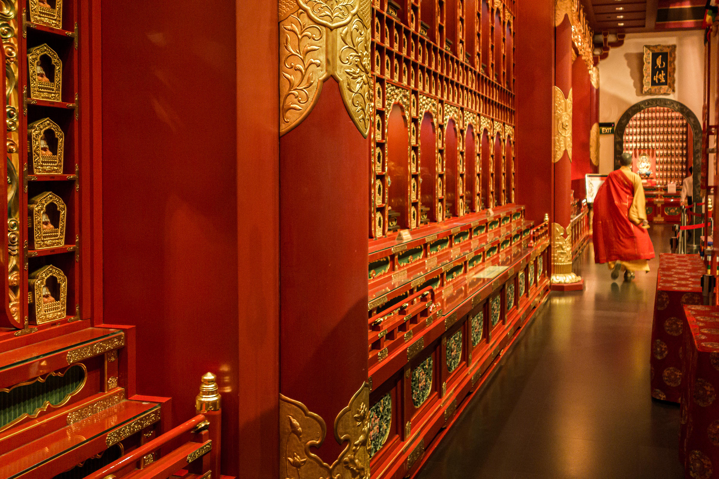 Buddhist monk at Buddha Tooth Relic Temple, Chinatown, Singapore, South East Asia