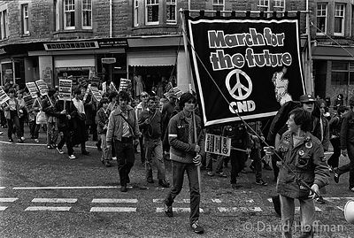 N80-25A CND March for the Future 1981