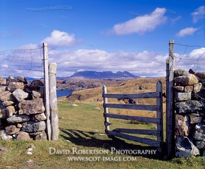 Image - Quinag viewed from Stoer Peninsula, Sutherland, View through an open field gate